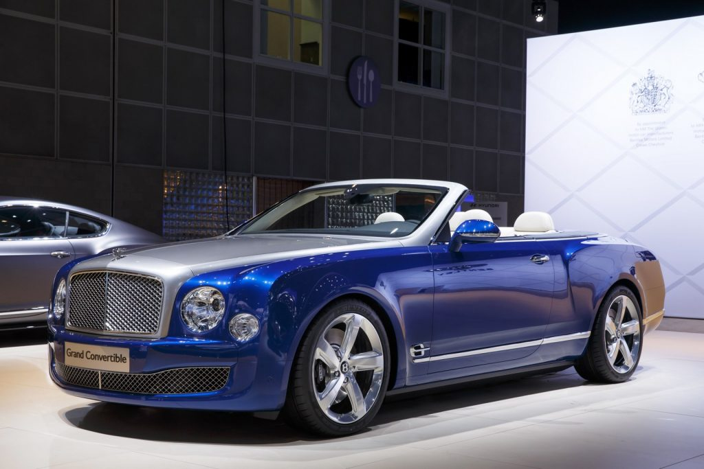 bentley mulsanne grand convertible 19 exemplaires. Black Bedroom Furniture Sets. Home Design Ideas